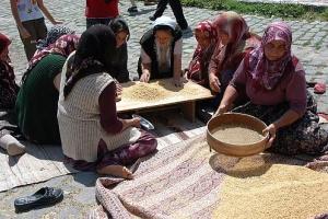 Gjithë fshati e përgatit, gjithë fshati e konsumon – Keshkek