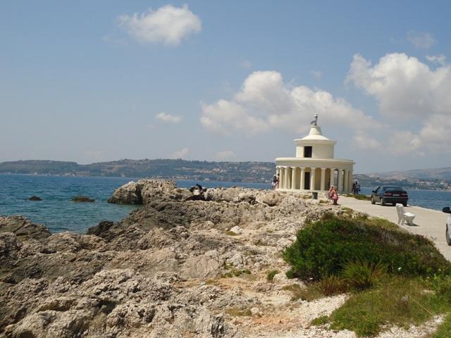 lighthouse-of-agioi-saints-theodoroi-2