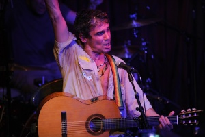 Manu Chao's fans from Greece are coming to Macedonia