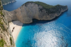 Three Greek Beaches among Top 10 in Europe
