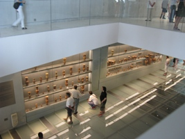 Interior_of_the_New_Acropolis_Museum