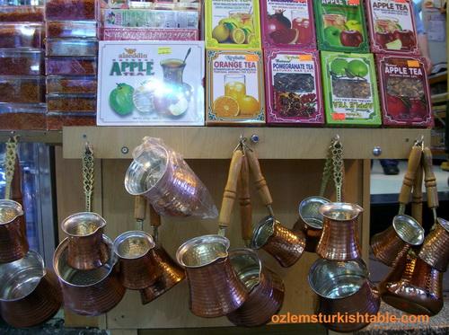 Istanbul trip 2012- Ist Modern, Spice market, balik ekmek, flag 026