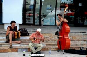 street_musicians_balkon3