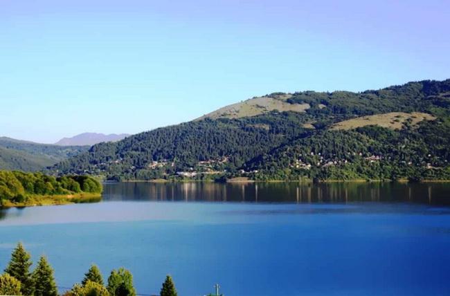 mavrovsko ezero