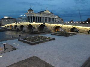 kameni most_balkon3 mapi