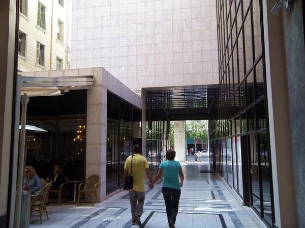 passage10_athens_balkon3