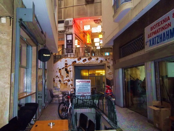 passage22_athens_balkon3