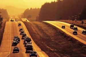 Οι Τοuρκοι οδηγοuν με τα ακριβoτερα καuσιμα στα Βαλκανια