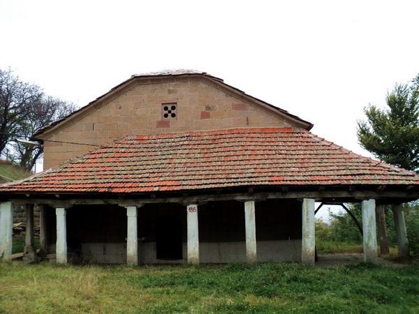 003 - crkva_balkon3_resize_resize