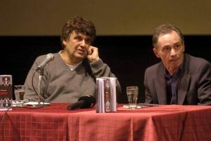 Култниот писател Давид Албахари дојде во Скопје