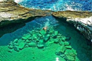 Гиола – еден од најубавите природни базени во светот