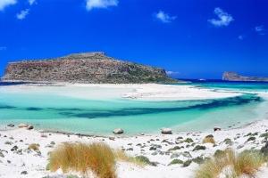 Грција втора, а Турција трета со најчисти плажи на светот
