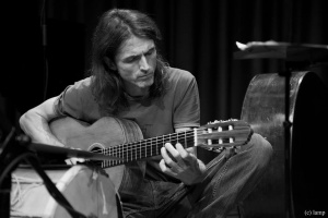 Костас Теодору  – Откривајќи го животот преку музика
