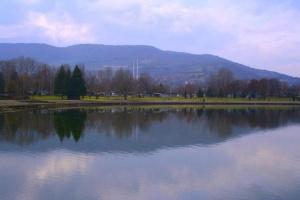 Езерото Треска на милост на времето