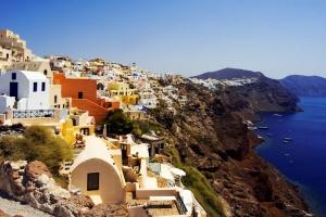 Како да патувате евтино по грчките острови! Не ѕиркајте! Придружете се!