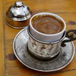 Кафе за ќеиф во историскиот Хасанкејф