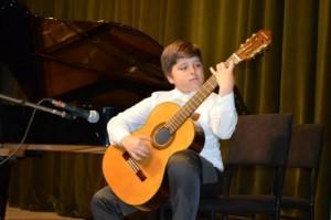 stojan gitaristot_naslovna