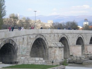 skopje kameni most_mapi