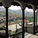 Познатите куќи на Велес: Чардаци ниту на небо, ниту на земја