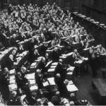 Што подемот на нацизмот може да не научи за падот на демократијата?